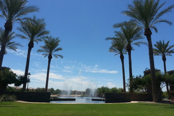 Rancho El Dorado Fountain and Lake